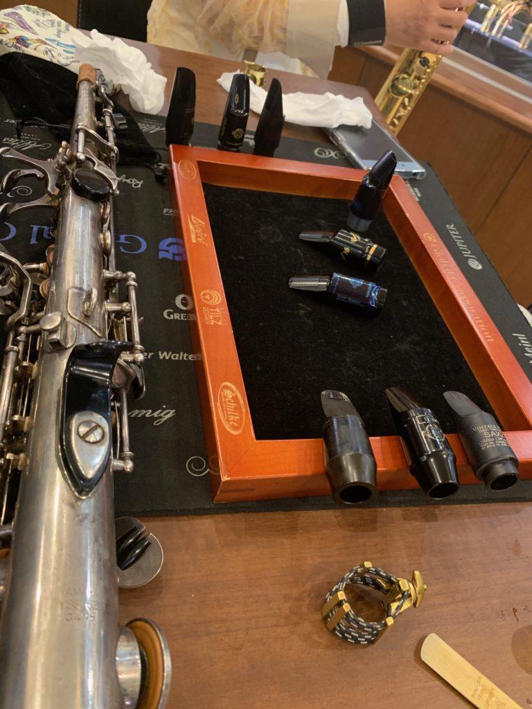 tasting mouthpieces of soprano sax